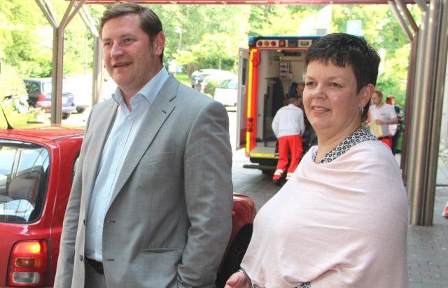 Der Beteiligungsausschuss des Stadtrates wählte Barbara Matthies jetzt zur neuen Geschäftsführerin des Klinikums. Oberbürgermeister Tim Kurzbach ist Vorsitzender der Gesellschafterversammlung des Klinikums und wurde vom Grmium aufgefordert, einen Vertrag mit der 45-Jährigen abzuschließen. (Archivfoto: B. Glumm)