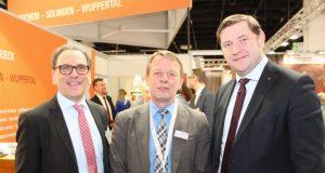 Die Oberbürgermeister der drei bergischen Großstädte: v.li. Andreas Mucke (Wuppertal), Burkhard Mast-Weisz (Remscheid) und Tim Kurzbach (Solingen). (Archivfoto: B. Glumm)
