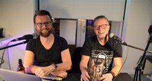 In einem spannenden Live-Hörspiel präsentierten Daniel Juhr und Daniel Kohlhaas am Freitag im Atelier AndersARTig ihren neuen Mysterythriller 13zehn. (Foto: © Martina Hörle)