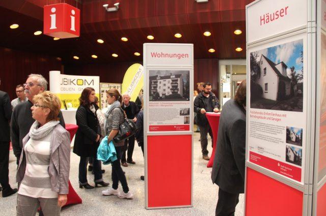Zum 48. Mal findet am 25. September die beliebte Immobilienausstellung der Stadt-Sparkasse Solingen statt. (Archivfoto: B. Glumm)