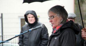 Dr. ilka Werner ist seit 2013 Superintendentin des Evangelischen Kirchenkreises Solingen. Hier spricht sie anlässlich der Gedenkveranstaltung der zur Reichpogromnacht am 9. November. (Archivfoto: B. Glumm)