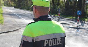 Die Polizei führte am Dienstag Schwerpunkkontrollen im gesamten bergischen Städtedreieck durch. Dabei wurden 774 Personen unter die Lupe genommen. (Archivfoto: B. Glumm)