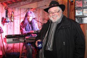 """""""Schorsch"""" Wenke (re.), hier mit Martin Gerschwitz am Keyboard, setzte sich mit Herzblut für die Solinger Kultur ein. (Archivfoto: © Bastian Glumm)"""