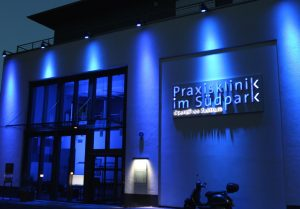 Die Praxisklinik im Südpark ist aus dem 1998 gegründeten OP-Zentrum Mummstraße hervorgegangen. 2012 konnten die neuen Räume im Südpark bezogen werden. (Archivfoto: © B. Glumm)
