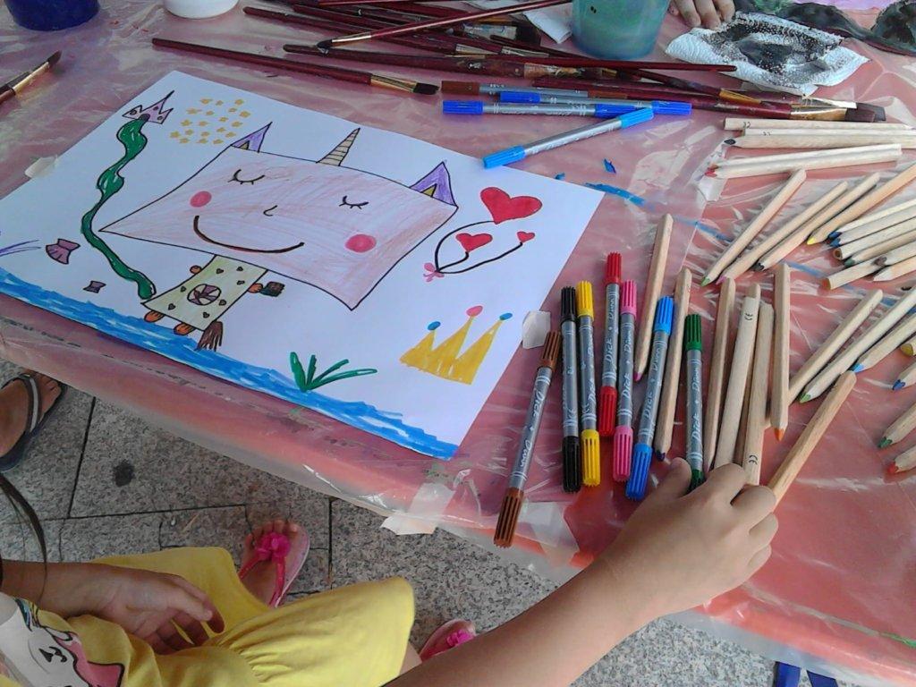 Für kleine Künstler gibt es gleich mehrere Angebote. (Foto: © Fia Biba)