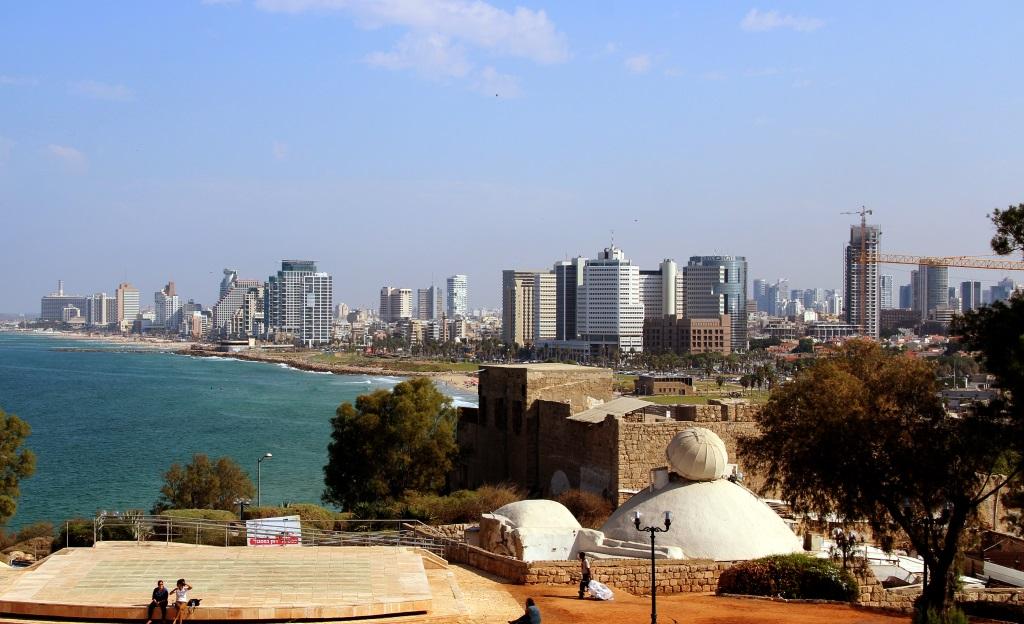 Wird oft fälschlicherweise als Hauptstadt Israels bezeichnet: Tel Aviv am Mittelmeer ist der Wirtschaftsmotor des Staates Israel. Hauptstadt ist Jerusalem. (Archivfoto: B. Glumm)