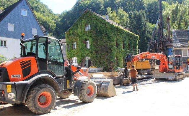 In Unterburg rollen demnächst wieder die Bagger: Es folgen der letzte Abschnitt zum Hochwasserschutz sowie der Umbau der Ortsdurchfahrt. (Archivfoto: © Bastian Glumm)