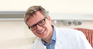 Dr. Sebastian Hentsch ist Chefarzt der Klinik für Frauenheilkunde und Geburtshilfe. Seine Kollegen udn er laden am 8. Oktober zum Weltstilltag ins Klinikum ein. (Archivfoto: © Bastian Glumm)