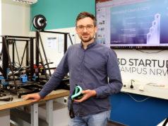 Evgeniy Khavkin ist Technologie-Manager im 3D Startup Campus im Gründer- und Technologiezentrum Solingen. (Foto: © Bastian Glumm)
