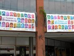 """Insgesamt haben sich bisher 268 """"Demokratie-Freunde"""" für die Banner in den Clemens-Galerien fotografieren lassen. (Foto: © Martina Hörle)Insgesamt haben sich bisher 268 """"Demokratie-Freunde"""" für die Banner in den Clemens-Galerien fotografieren lassen. (Foto: © Martina Hörle)"""