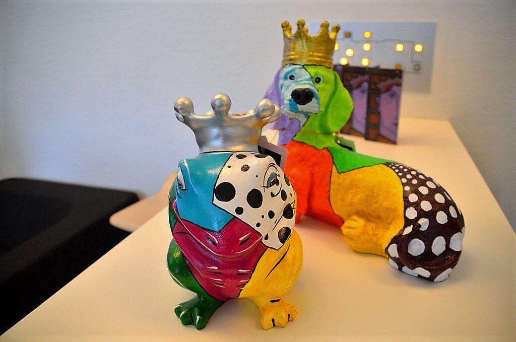 Diese beiden Pop-Art-Skulpturen gehören zu den neuesten Arbeiten des Künstlers. (Foto: © Martina Hörle)