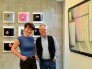 Lara Leon-Ser und Elmar Horlitz spielen in ihrer gemeinsamen Ausstellung mit der Wahrnehmung des Betrachters. (Foto: © Martina Hörle)