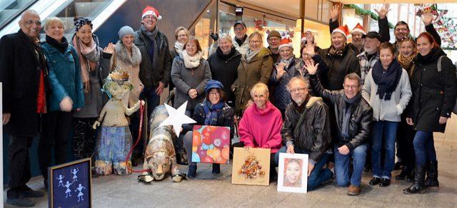 Am kommenden Samstag zaubern 80 Künstler und Musiker einen Künstler- und Weihnachtsmarkt vom Feinsten. Es gibt Live-Kunst und Live-Musik. Timm Kronenberg hat eine Riesenbandbreite der unterschiedlichsten Genres zusammengetrommelt. (Foto: © Martina Hörle)