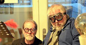 Musiker Ingo Schleutermann (li.) und Autor Hans-Georg Wenke haben eine multimediale literarische Reiseveranstaltung organisiert. Für die Zuhörer sind viele unerwartete Momente geplant. (Foto: © Martina Hörle)