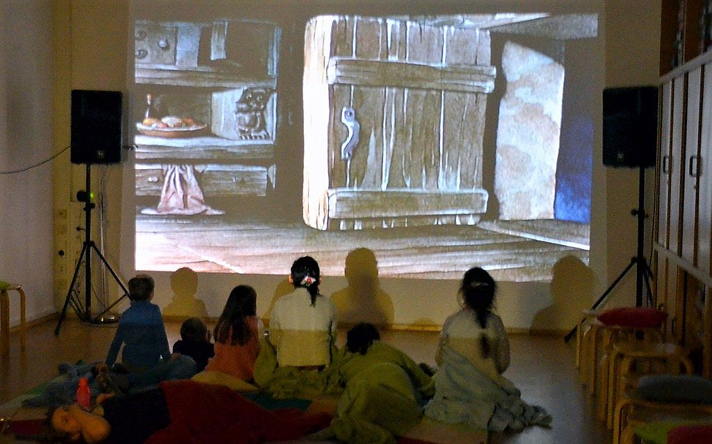 m rchenhaftes weihnachts cineminni kino f r kleine in. Black Bedroom Furniture Sets. Home Design Ideas