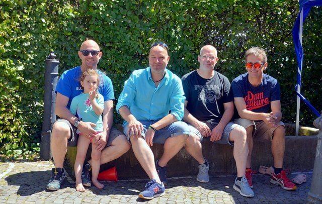 (v. li. Frank Balkenhol, Carsten Zibell, Ingo Käsch, Dieter Ochel) Die Initiatoren freuen sich, dass das Brunnenfest jedes Jahr so großen Anklang findet. (Foto: © Martina Hörle)