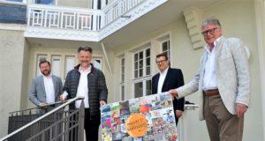 """(v. li. OB Tim Kurzbach, Dirk Balke, Christian Busch, Joachim Radtke) Freuen sich sehr auf den Start der diesjährigen Aktion """"PlakArt 21"""" (Foto: © Martina Hörle)"""