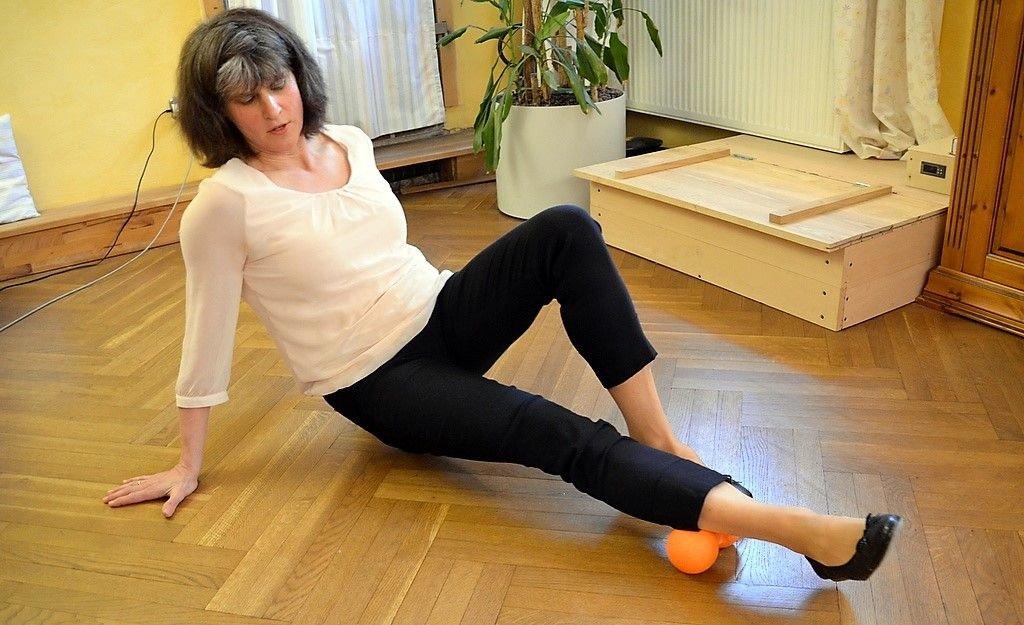 Schon mit einfachen Anwendungen kann jeder aktiv etwas tun. Dagmar Lenkeit erläutert dazu mentale und praktische Übungen. (Foto: © Martina Hörle)