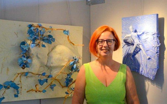 Die Künstlerin und Kreativ-Therapeutin Fia Biba bietet Workshops zur Entschleunigung an. Die Angebote sind speziell auf die entsprechenden Altersgruppen abgestimmt. (Foto: © Martina Hörle)