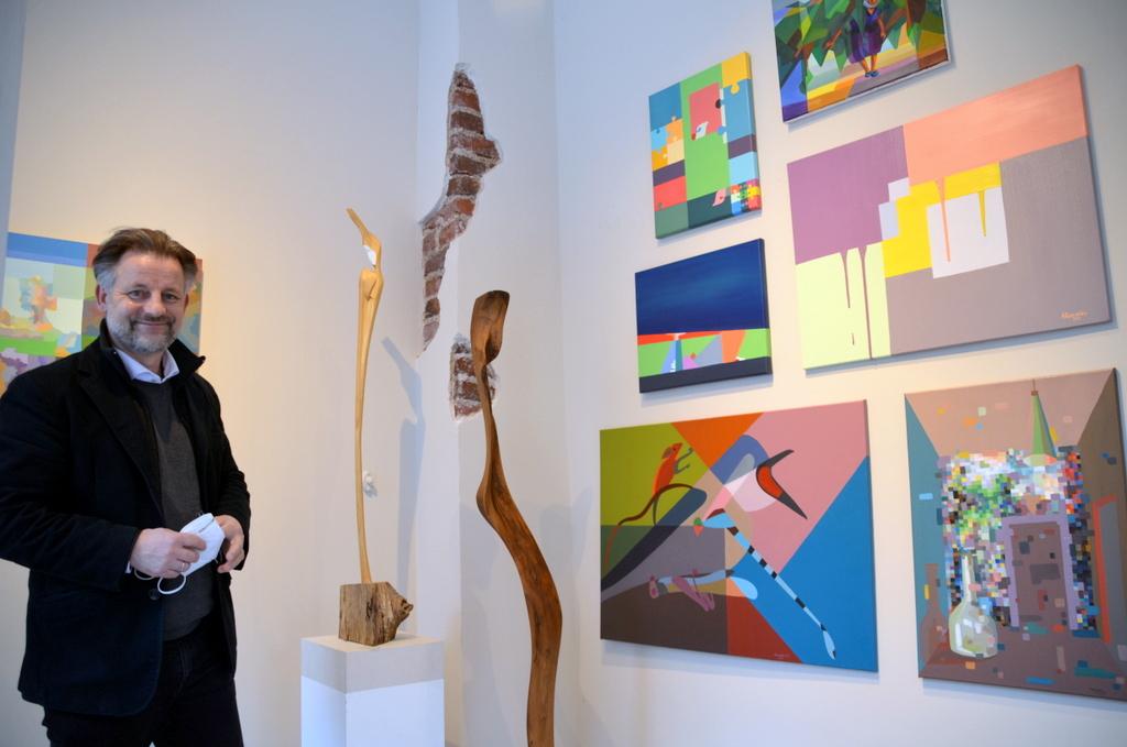 In der Galerie Dirk Balke im ART-ECK sind zwanzig Ölmalereien und sieben Skulpturen ausgestellt. Einzelbesichtigungen sind nach Terminabsprache möglich. (Foto: © Martina Hörle)