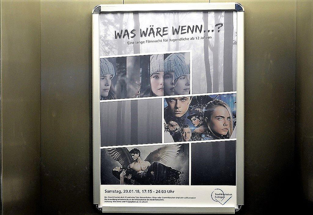 """In der Stadtbibliothek wird auch Kino für Jugendliche angeboten. Am 20. Januar startet um 17:15 Uhr die lange Filmnacht für Jugendliche mit dem Titel """"Was wäre wenn...? (Foto: © Martina Hörle)"""