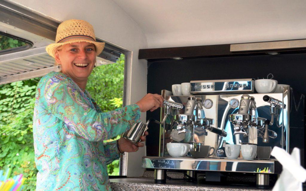 In einem Brewing-Modul hat die Kaffeekennerin viel über die unterschiedlichen Brühmethoden gelernt. (Foto: © Martina Hörle)