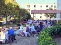 Erstmals fand am vergangenen Samstag in der Seniorenresidenz SenVital an der Hackhauser Straße die Bergische Gourmetmeile statt. (Foto: © Martina Hörle)