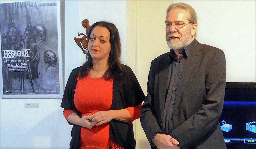 Die beiden Künstler Janine Werner vom Atelier AndersARTig und Ingo Schleutermann, Atelier KünstlerPack, hatten diese Ausstellung durch ihr intensives Engagement erst ermöglicht. (Foto: © Martina Hörle)