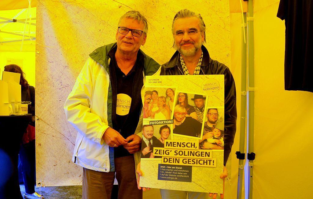 Joachim Radtke, der neue Fachmann für Stadtmarketing (li.) stellt gemeinsam mit dem Urheber der Kampagne, Richard Clever, die geplanten Aktivitäten vor. (Foto: © Martina Hörle)