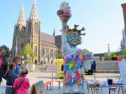 Trotz der reduzierten Variante war Timm Kronenbergs 48 h-Event wieder ein großer Erfolg. City-Art-Künstler und Gastkünstler boten gemeinsam eine Vielfalt an Kunst und Musik. Lothar Ruthmanns Statue der Freiheit war schon von weitem sichtbar. (Foto: © Martina Hörle)