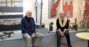 Das Künstlerehepaar Helga Elisabeth und Rainer Wendorf zeigen bis zum 31. Mai eine Vielzahl ihrer Exponate im Atelier Pest-Projekt. (Foto: © Martina Hörle)