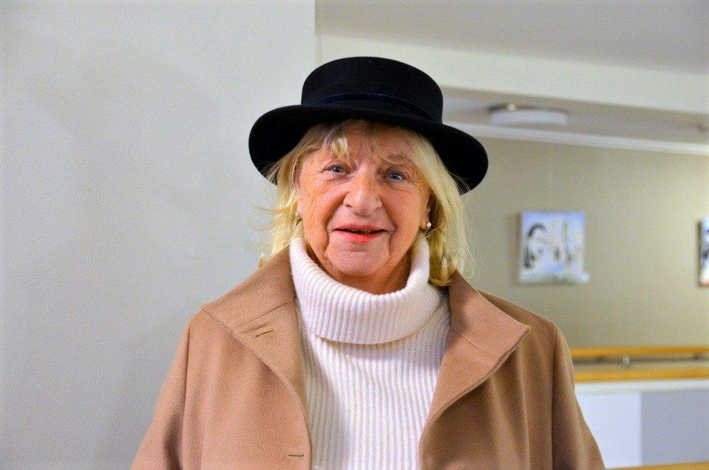 Dieser Hut wurde nach eigenen Vorstellungen für die nette Dame angefertigt. Dabei erinnerte sie sich an ihren ersten Hut, den sie als Fünfjährige bekommen hatte. (Foto: © Martina Hörle)