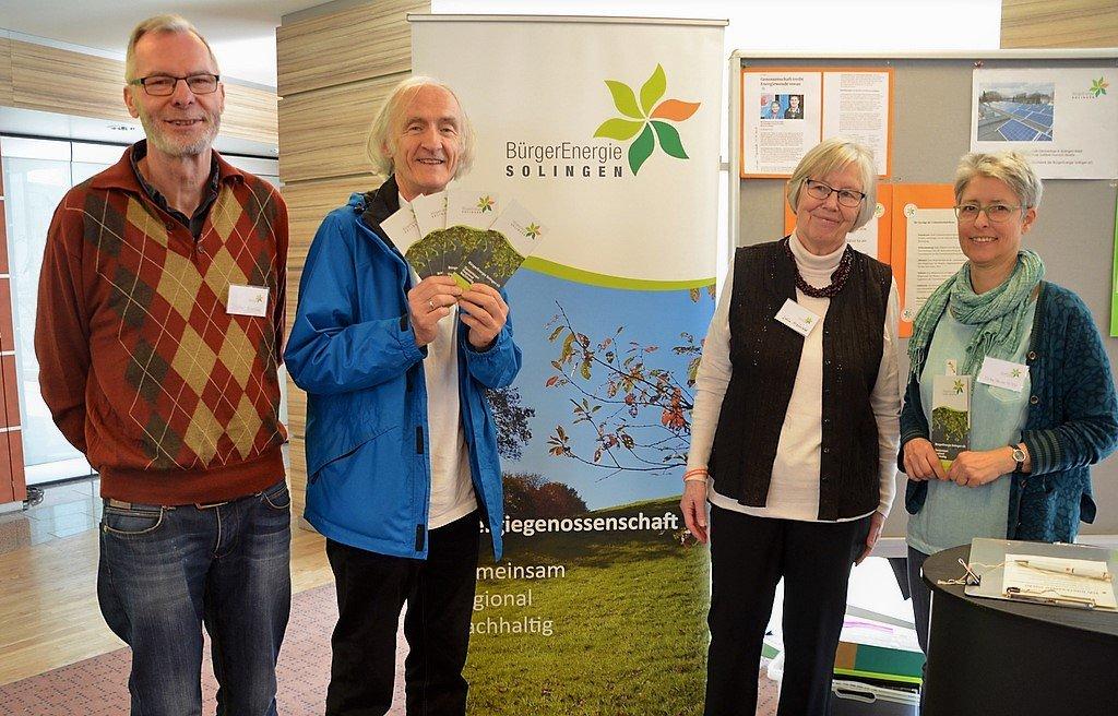 Von der BürgerEnergie eG erfuhren die Besucher viel Wissenswertes über den Tarif Bürgerstrom. (Foto: © Martina Hörle)