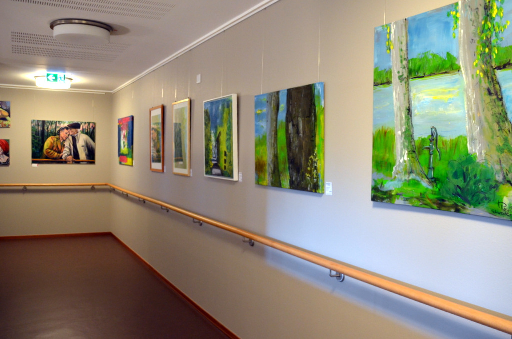 Bis zum Ende des Jahres können die vielfältigen Arbeiten in der Senioren-Einrichtung besichtigt werden. (Foto: © Martina Hörle)