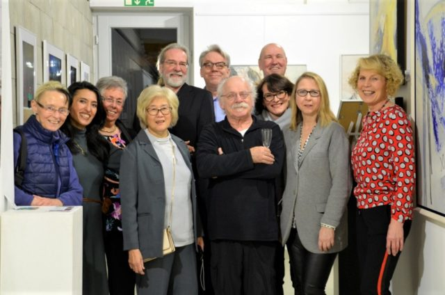 Das elfköpfige Künstler-Kollektiv gab gestern im Rahmen einer Vernissage offiziell seine neuen Namen bekannt. (Foto: © Martina Hörle)
