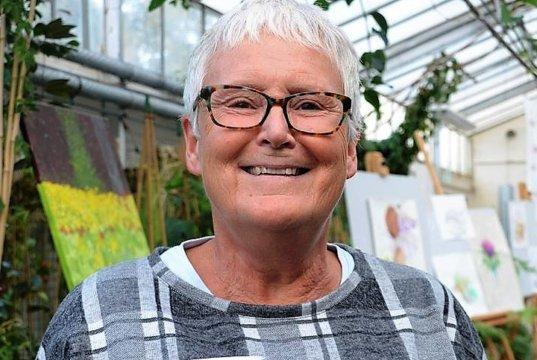 Sabine Schulz-Wolff, die kreative Powerfrau mit unermüdlichem Einsatz im Ehrenamt, ist unsere Solingerin des Monats November. (Archivfoto: © Martina Hörle)