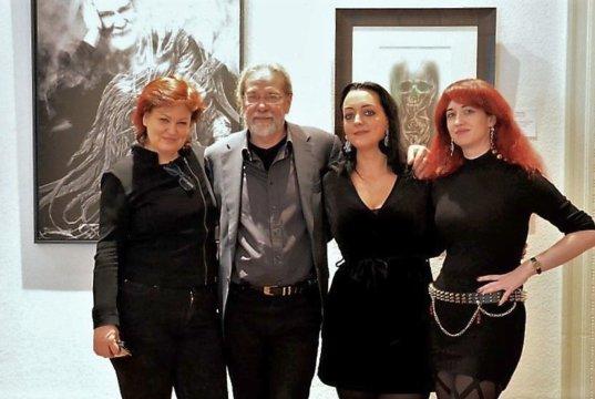 Freuen sich über den großen Erfolg der Ausstellung. (v. li. Astrid Kirschey, Ingo Schleutermann, Janine Werner, Dr. Kerstin Borchhardt) (Foto: © Martina Hörle)