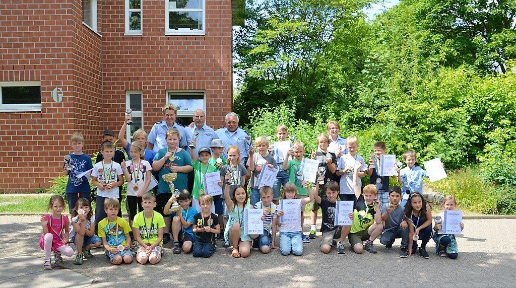 Auch in diesem Jahr war die Beteiligung am Turnier wieder sehr hoch. Viele kleine Radler machten bereits in den letzten Jahren mit. (Foto: © Martina Hörle)