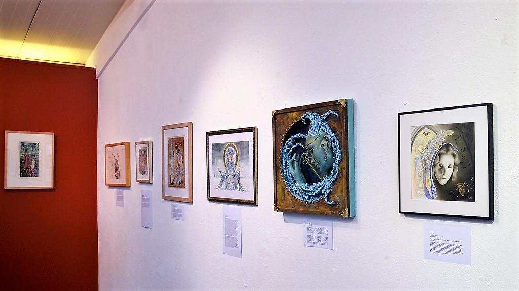 Rund 25 regionale, nationale und internationale Künstler haben sich mit ihren vielfältigen Arbeiten an dieser Ausstellung beteiligt. (Foto: © Martina Hörle)
