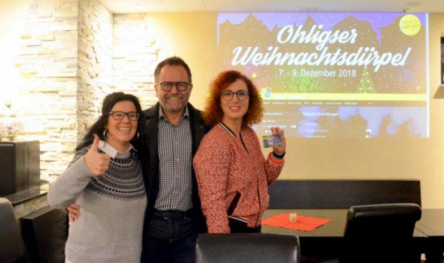 Freuen sich über den gelungenen Start der Ohligs App (v. li. Anita Ranzan, Jörg Bergmann, Gloria Göllmann) (Foto: © Martina Hörle)