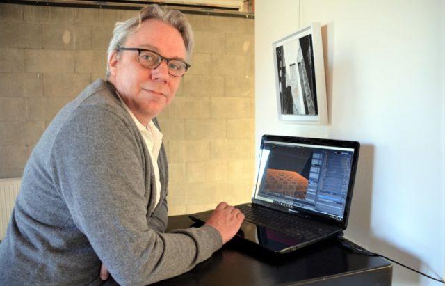 Fotokünstler Frank Voß hat eine virtuelle Galerie geschaffen, in der Künstler ihre Exponate präsentieren können. Auslöser war die Corona-Krise, die jegliche Ausstellungen für Besucher derzeit verhindert. (Foto: @ Martina Hörle)