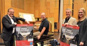 Freuen sich schon auf die kommende Orgelkonzertreihe, v. li. Hans Knopper, Roland Winkler, Jörg Pauli, Franziska Schurr. (Foto: © Martina Hörle)