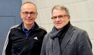 Egbert Busch, stv. Leiter (li.) und Andreas Tempel, Leiter der Schule warten schon gespannt darauf, dass es losgeht. Im Sommer startet die erste Sportbetonte Klasse. (Foto: © M. Hörle)