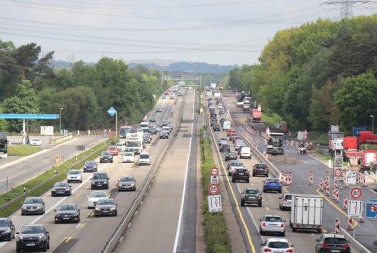 Die Autobahn A3 verläuft in Höhe des Rastplatzes Ohligser Heide auf Solinger Stadtgebiet. (Foto: © Bastian Glumm)