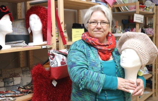 Monika Schmidt betreibt im Bachtor Centrum ihr Geschäft