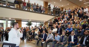Zum dritten Mal haben innovative Startups beim Berg-Pitch am 21. November die Gelegenheit, ihr Business-Modell vor einer hochqualifizierten Fachjury, neuen potenziellen Geschäfts- und strategischen Partnern sowie Investoren zu präsentierten. (Foto: © Leon Sinowenka)
