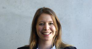 Anna Lenker ist die neue pädagogische Leiterin der Bergischen VHS. Sie wurde am 24. März zur Nachfolgerin von Monika Biskoping gewählt. (Foto: © Bergische VHS)