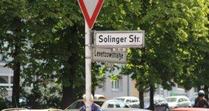 Seit 1906 gibt es im alten Arbeiterviertel in Berlin-Moabit eine Solinger Straße. (Foto: © Bastian Glumm)