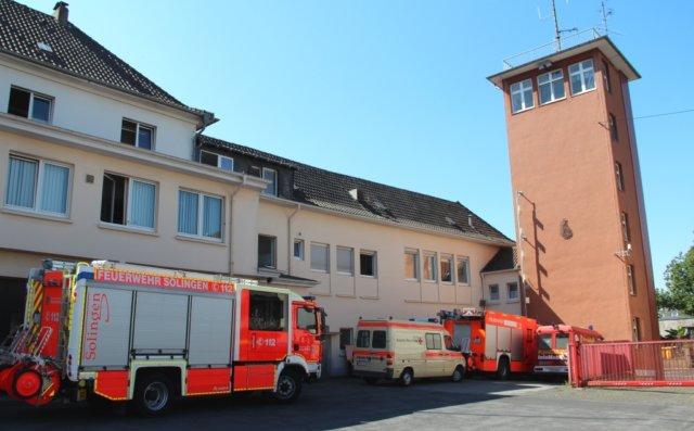 Die Feuer- und Rettungswache I der Feuerwehr Solingen in Mitte an der Katternberger Straße. (Foto: © Bastian Glumm)