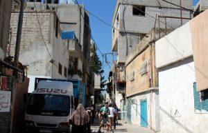 """Ein so genanntes """"Flüchtlingslager"""" in Bethlehem. Dort leben Palästinenser, deren Eltern oder Großeltern aus dem israelischen Kernland oder anderswo vertrieben wurden oder von dort heflüchtet sind. Den Flüchtlingsstatus vererbt man sich über Generationen, weltweit einmalig. (Archivfoto: B. Glumm)"""